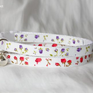 Purple red and white rose cat kitten collar