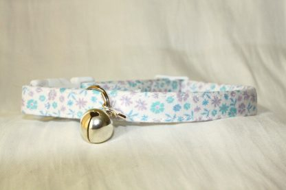Lilac Blue Cotton Cat Kitten Safety Collar Ditsy Flowers_2
