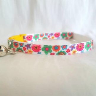 Vibrant flowers Kitten Cat Collar _ 1